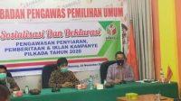 KPID Sumbar dan Bawaslu Agam gelar bersama sosialisasi dan deklarasi pengawasan penyiaran, pemberitaan dan iklan kampanye Pilkada 2020 di Kabupaten Agam, Sumatera Barat, Selasa (24/11/2020). | Rama/Halonusa