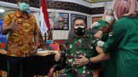Komandan Korem 032/Wirabraja Brigjen TNI Arief Gajah Mada-vaksinasi-sumbar-halonusa.com-123456