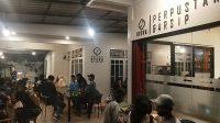 Pojok Steva-Perpustakaan-Arsip-Steva-Padang-Sumbar-Kariadil Harefa-Tanharimage-0023