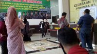 Koalisi Penegak Marwah Profesi Advokat saat mendatangi Kejaksaan Tinggi - Sumatera Barat - Halonusa