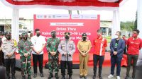 Tanharimage.com-Panglima TNI Marsekal Hadi Tjahjanto dan Kapolri Jenderal Polisi Listyo Sigit Prabowo meninjau pelaksanaan vaksinasi Covid-19-Medan-Drive Thru-Lantatur-