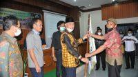 Gubernur Sumatera Barat Mahyeldi saat pengukuhan Kontak Tani Nelayan Andalan (KTNA) Sumbar dan temu wicara di BPTP Sumbar, Kabupaten Solok, Sabtu (22/5/2021).