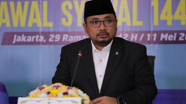 Menteri Agama, Yaqut Cholil Qoumas saat sidang isbat untuk menentukan Hari Raya Idulfitri atau 1 Syawal 1442 H, Selasa (11/5/2021). | Halonusa.com