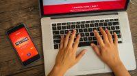 Telkomsel menghadirkan Telkomsel Tech Titans 2021 dengan tiga topik menarik, yaitu Data Science/Analytics, Software Development, dan Machine Learning. Pendaftaran online dibuka sejak 16 Agustus hingga 6 September 2021 melalui www.telkomseltechtitans.com.
