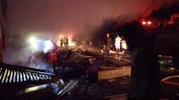 Kebakaran di Pasar Baso, Kabupaten Agam pada Selasa (14/9/2021) dini hari. (Foto: Dok. Polres Bukittinggi)