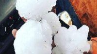 Bongkahan es yang jatuh di Queensland. FOTO/ABC News