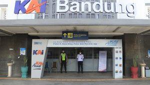 Pintu masuk di salah satu stasiun KAI Daop 2 Bandung. (Foto: Dok. Humasda KAI Daop 2 Bandung)