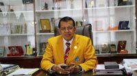 Rektor Universitas Negeri Padang (UNP), Ganefri. (Foto: Dok. UNP)