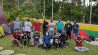 Sejumlah anggota baru Aliansi Jurnalis Independen (AJI) Padang yang baru dikukuhkan. (Foto: Dok. AJI Padang)