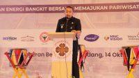 Wakil Gubernur Sumbar, Audy Joinaldy saat membuka Musyawarah Daerah V tahun 2021 Perhimpunan Hotel dan Restoran Indonesia Badan Pimpinan Daerah Provinsi Sumatera Barat di Pangeran Beach Hotel Padang, Kamis (14/10/2021). (Foto: Adpim Sumbar)